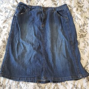 Jean skirt size 16w Gloria Vanderbilt